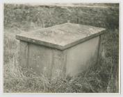 Grave Tomb