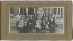 Holton Road Girls School Standard I.D.C.