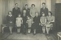 Penwenallt family, Cwmcoy, Newcastle Emlyn...