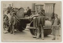 Picture of four men and a road roller c.1910-20