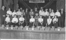 Gweithwyr siop Woolworth's, Aberystwyth 1950au