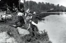 Llanbadoc Usk River sheep dipping, early 1900