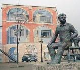 Statue of Dylan Thomas, Maritime Quarter...