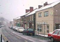 Snowfall in Ystalyfera Glamorgan