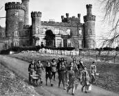 Byddin Tir y Merched, Castell Maesllwch, 1940
