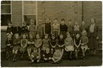 Machynlleth Junior School 1st Class Infants...