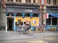 Le Pub, Casnewydd
