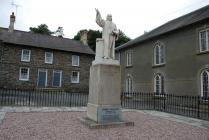 Cerflun o Daniel Rowland, Llangeitho
