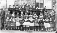 Llanfihangel y Creuddyn School - 1900's
