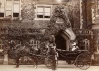 Glamorgan Archives: Rich and Poor in Victorian... Cover Image